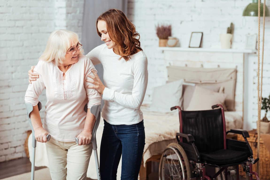 Cómo cuidar a un familiar enfermo en casa